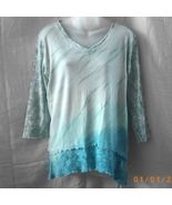 New XL cotton green and blue Glima long-sleeved v-neck top - $15.00