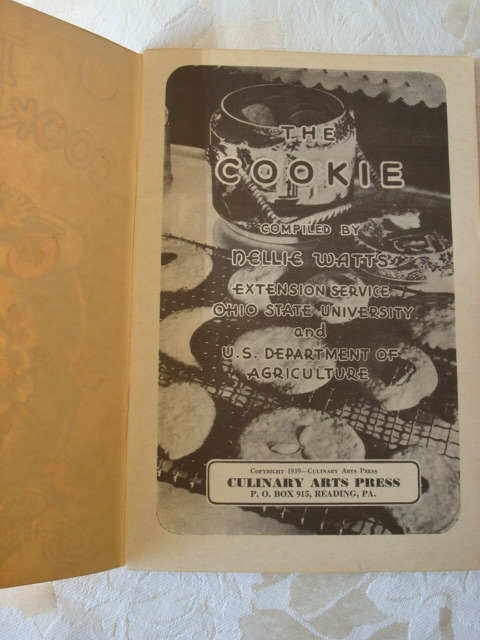 1939 The Cookie Book ~ Cookbook