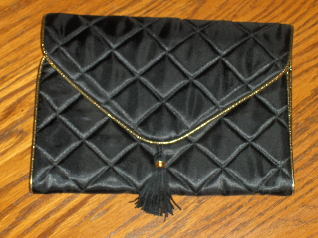 Anne Klein Parfum Black Quilted Organizer Bag Cosmetics Travel Bag Tote Carry On