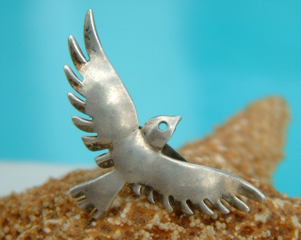 Vintage Sterling Silver Bird In Flight Hand Crafted Clip
