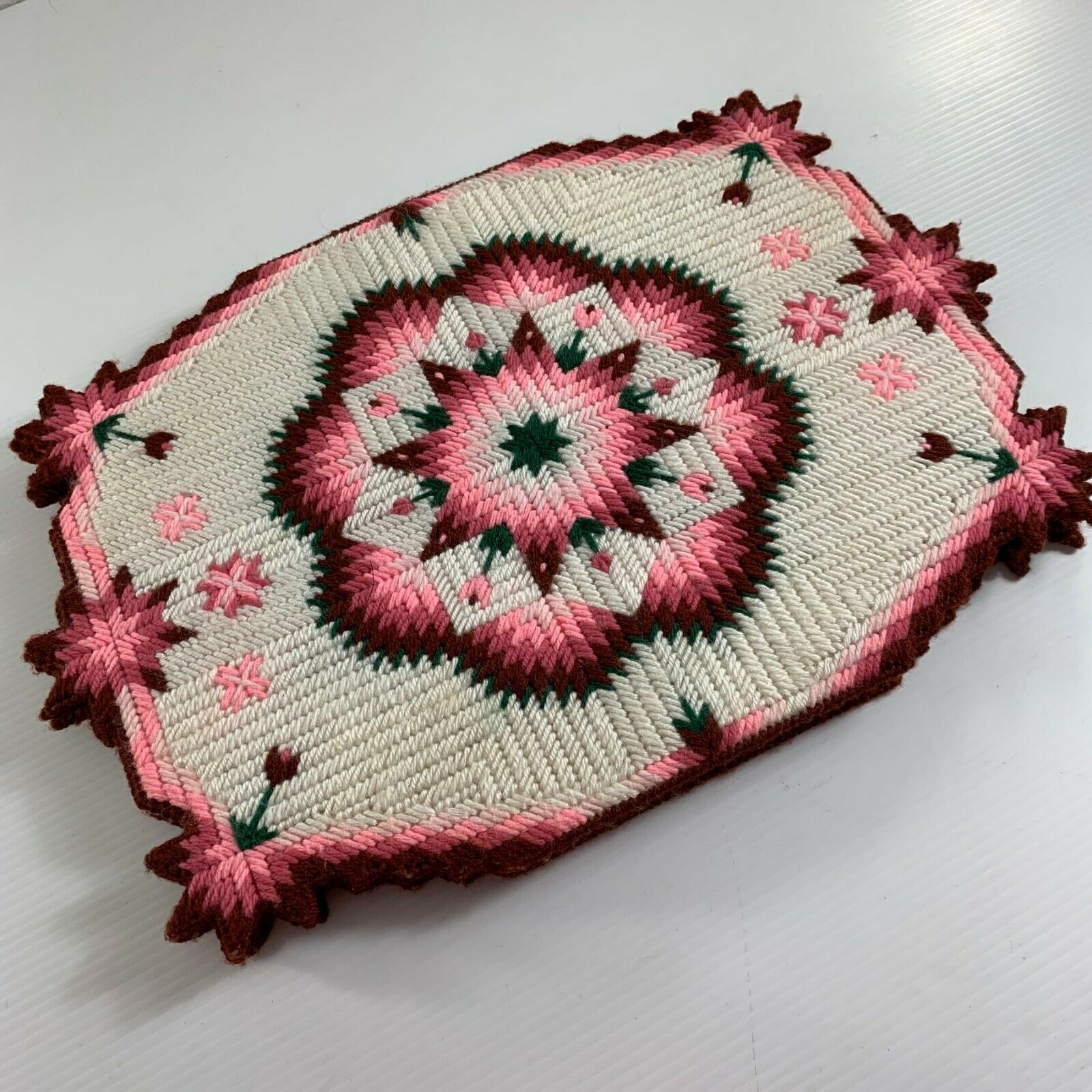Plastic Canvas Handstitched Pink White Geometric Quilt Pattern Placemat Set of 4