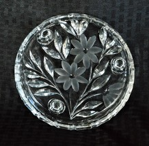 Beautiful Vintage footed Etched Glass Candy Nut Dish Bowl Trinket - $36.15