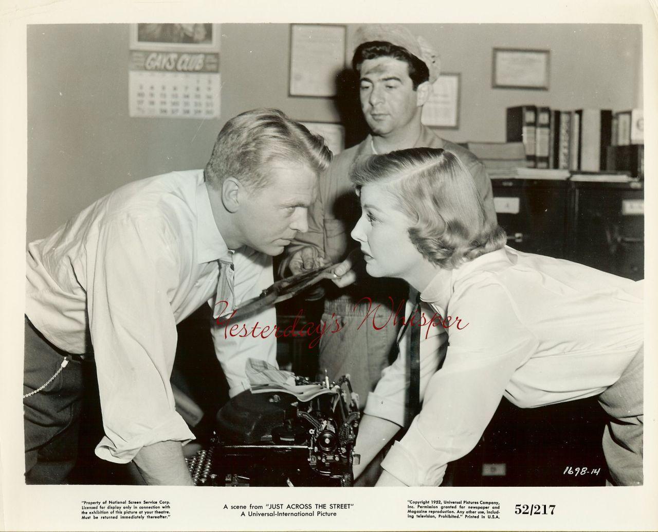 Vintage Ann Sheridan Old Typewritter Movie Photo