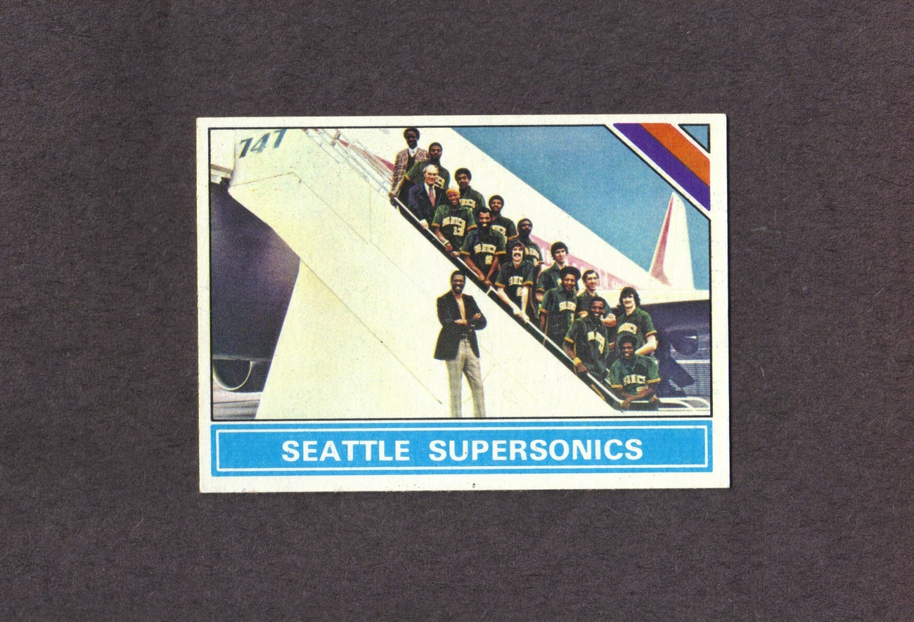 1975-76 Topps # 219 Seattle Supersonics Team Card