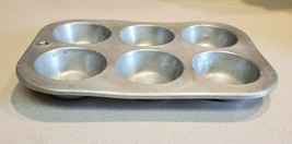 Vintage Comet Aluminum 6 Cupcake Muffin Pan Made In U.S.A. - $9.85