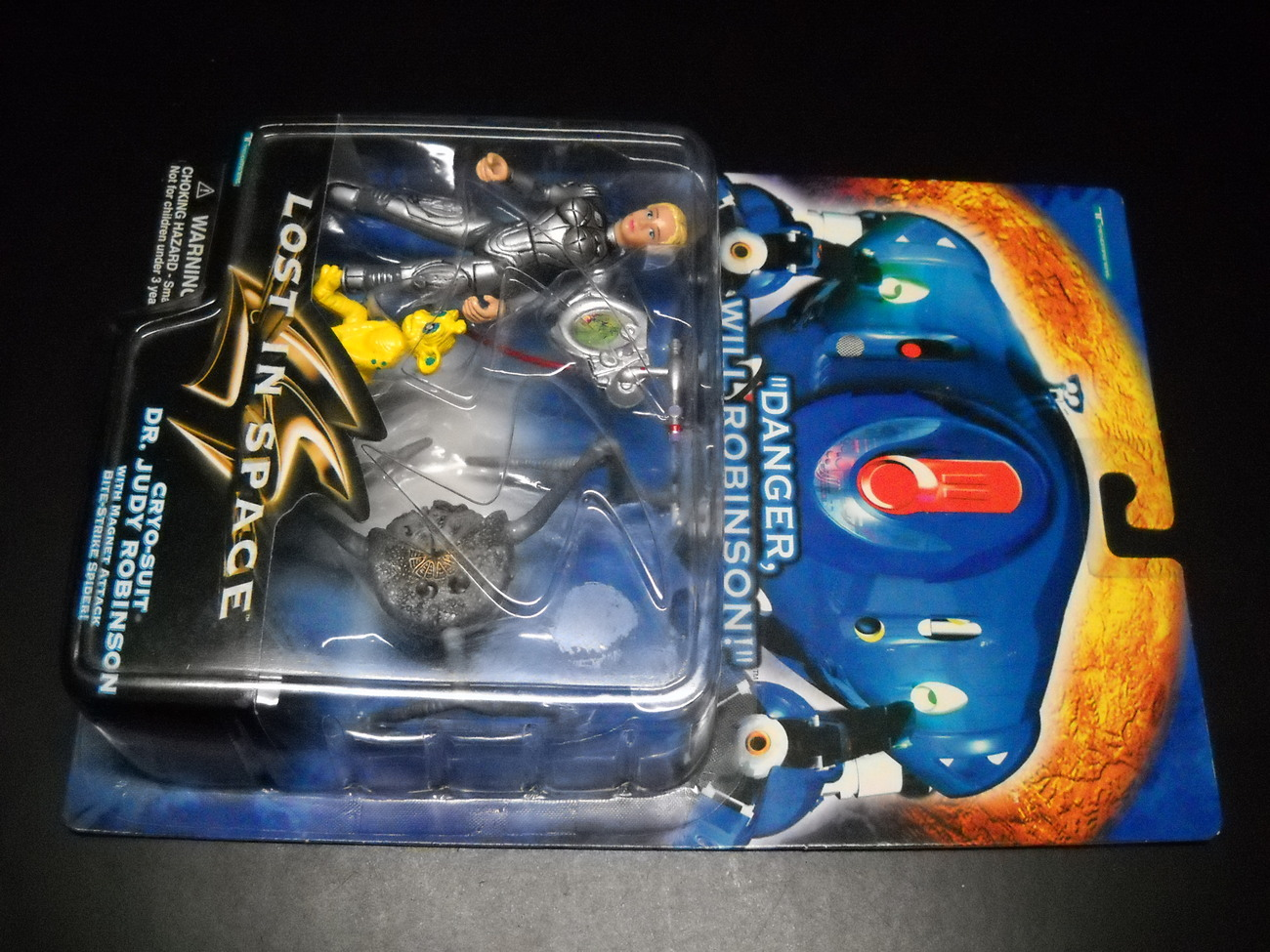 Toy lost in space trendmasters 1997 judy robinson in cryo suit moc 01