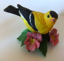 "LENOX PORCELAIN~""AMERICAN GOLDFINCH""~BIRD FIGURINE~EXCELLENT COND - $15.99"
