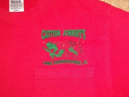 Catfish Johnny's Lake Panasoffkee, Florida Red Graphic Print 50/50 T Shi... - $17.71
