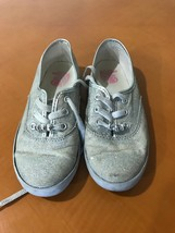 Girls Kid's Beautiful Children's Place Silver Gray Every Day Flats Shoes Size 2 - $4.94