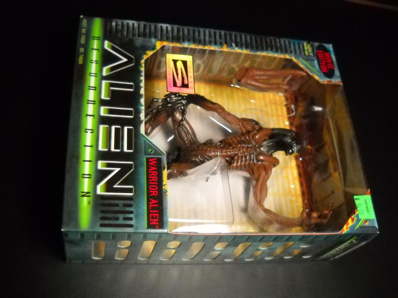 Toy aliens kenner hasbro 1997 alien resurrection warior alien boxed sealed 01