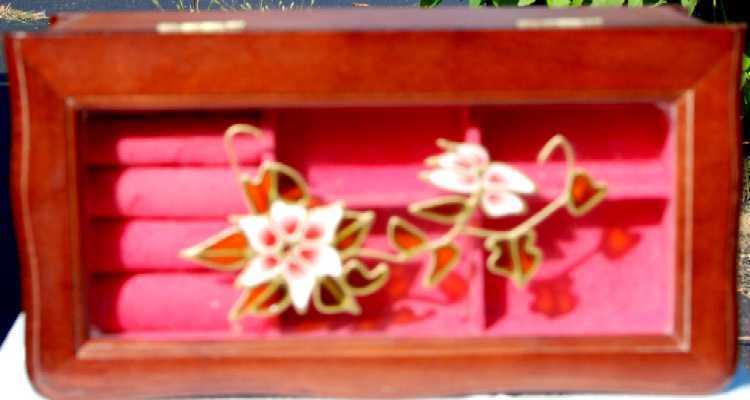 Dsc 2348 wood stain glass effect jewelry box