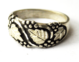 Vintage Sterling Silver Wheeler Lemon Leaf Floral Grape Ring 9mm Size 7 - $19.79