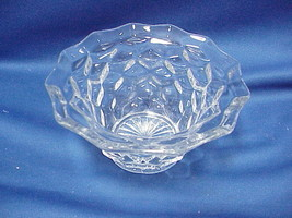 """Vintage Jeanette Cubist Depression Clear Glass Soup Cereal Bowl 6"""" by 3"""" - $12.86"""