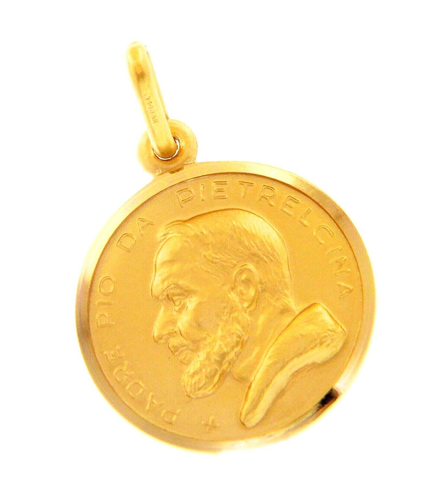 18K YELLOW GOLD MEDAL PENDANT, SAINT PIO OF PIETRELCINA 17mm VERY DETAILED