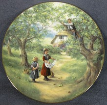 Rich Pickings Collector Plate Country Children Glynn Williams Royal Doulton 1994 - $21.95