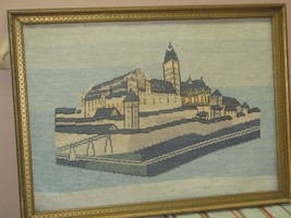 """Vintage Hand Made Stitched Needlepoint Framed 13"""" x 18.5"""" - 15"""" x 20.5"""" ... - £59.47 GBP"""