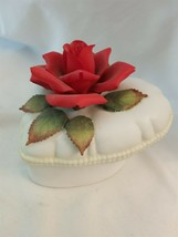 "Lefton Red Rose Ceramic Music Box with leaves - ""Memories"" - $3.91"