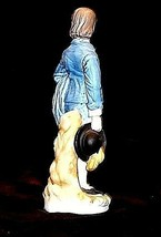 Young Gentleman Figurine Holding his Hat AA18 - 1105 Vintage  image 2