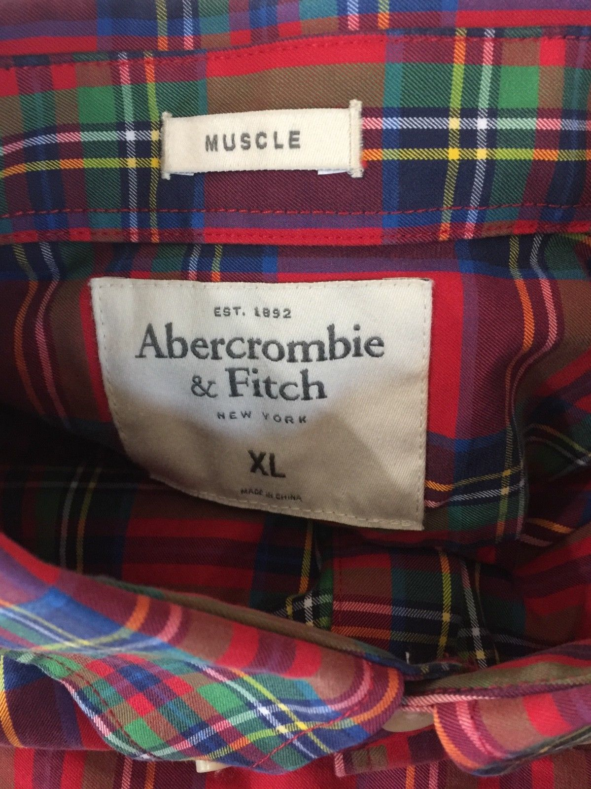 Abercrombie & Fitch Muscle Shirt Long Sleeve Button Down Red Plaid Men's XL