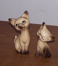 Salt And Pepper Shakers Siameese Cats - $8.00