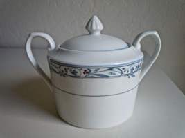 Christopher Stuart Overture Sugar Bowl and Lid - $15.83