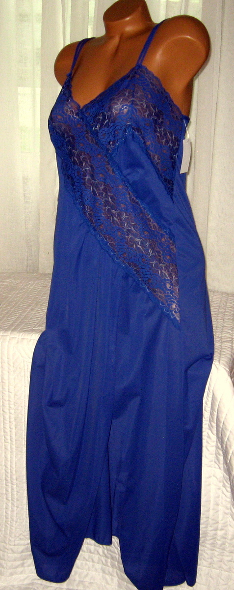 Lace Bodice Long Nightgown 1X 2X 4X Nylon Blue Lingerie Slit