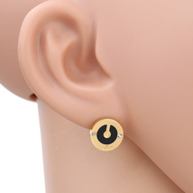 UE- Gold Tone Designer Earrings With Faux Onyx Inlay & Swarovski Style C... - $14.99