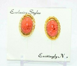 Pcraft Pink Art Glass Robins Egg Chain Link Gold Tone Earrings Vintage 1960s NOS - $24.74
