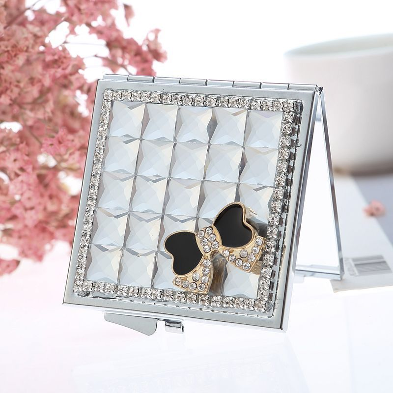 Cute Mini Folding Portable Make-up Cosmetic Beauty Makeup Compact Pocket Mirror