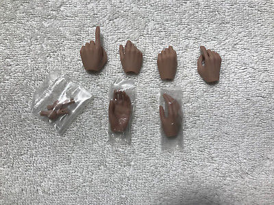 Resident Evil Alice 3 Pairs of Hands MMS 139 1/6th Scale - Hot Toys 2010