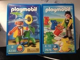 PLAYMOBIL #4238 RETIRED CLOWN with working flower spray Rare 2006 Age 4+... - $19.80