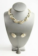 ESTATE VINTAGE ANTIQUE Jewelry RETRO HOLLYWOOD GLAM TRIFARI GOLD PEARL S... - $185.00