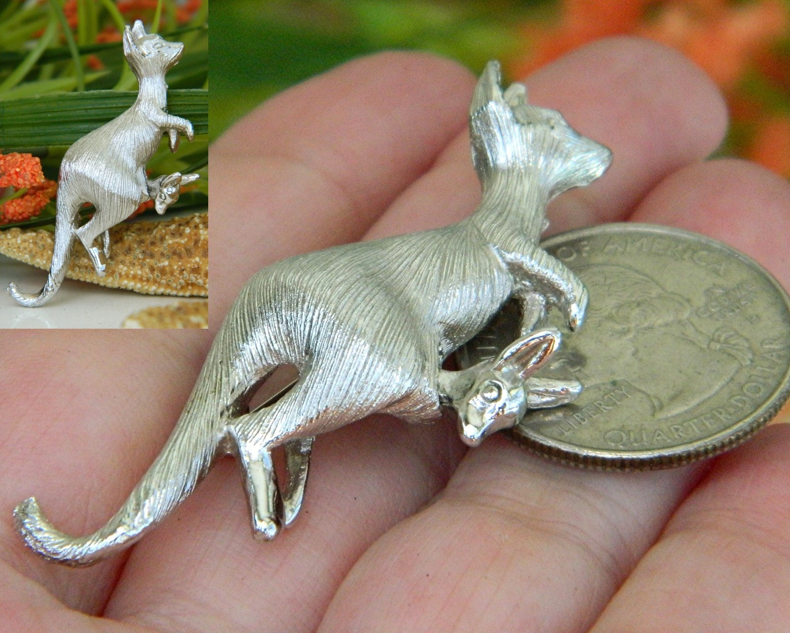 Napier Kangaroo Figural Pin Brooch Nodding Baby Joey Pouch