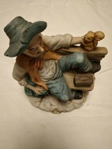 Capodimonte Man On A Bench Figurine On Wooden Plinth Excellent Condition - $41.57