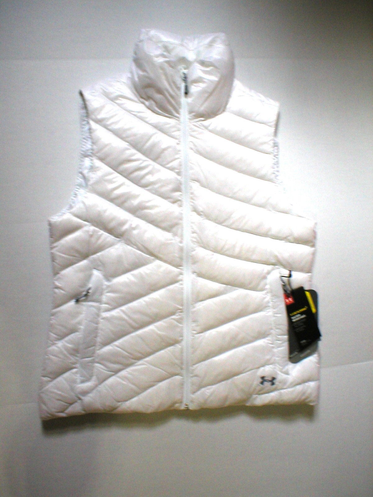 New Womens Under Armour Vest L White Down Warm Puff Infrared Storm NWT Water Res