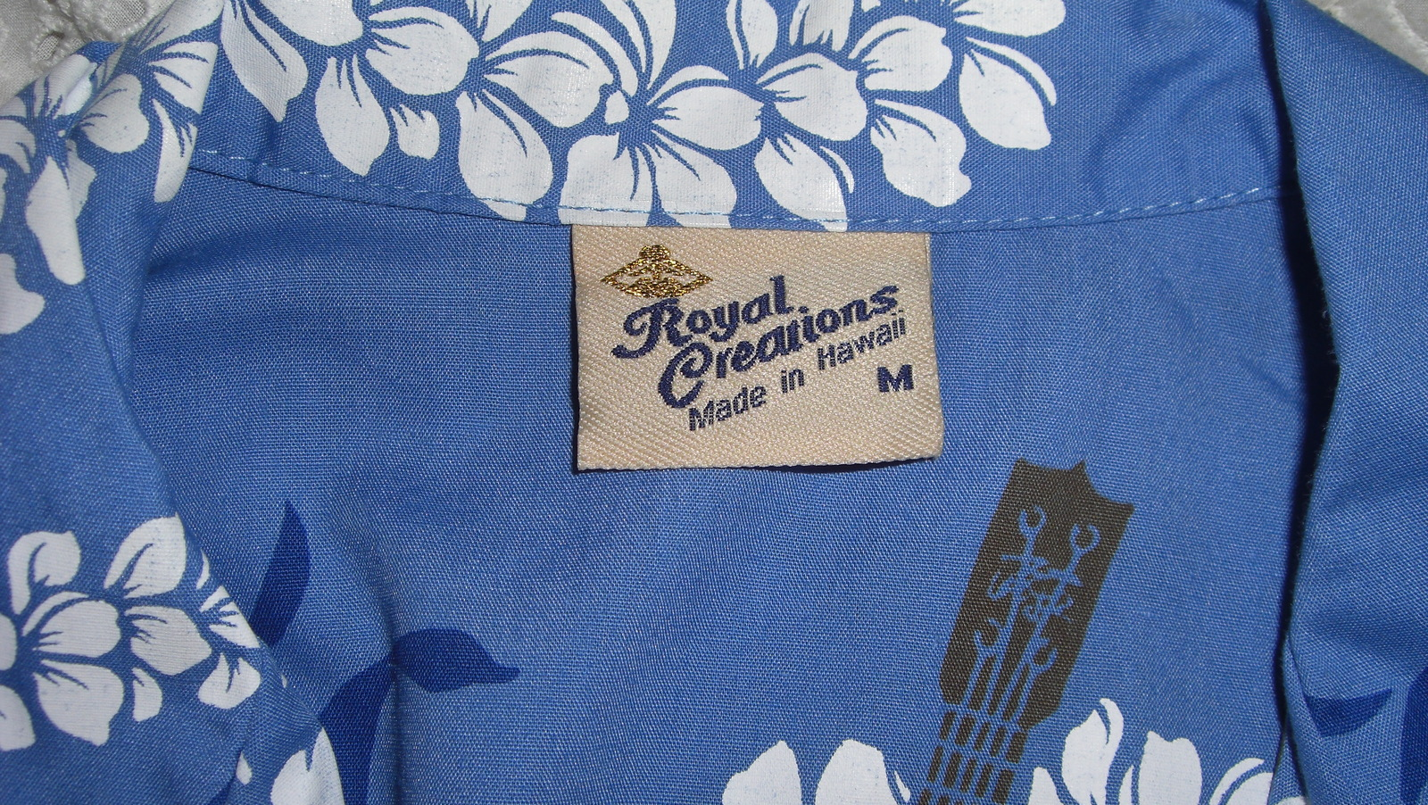 Royal Creations Hawaiian Shirt Blue White Medium
