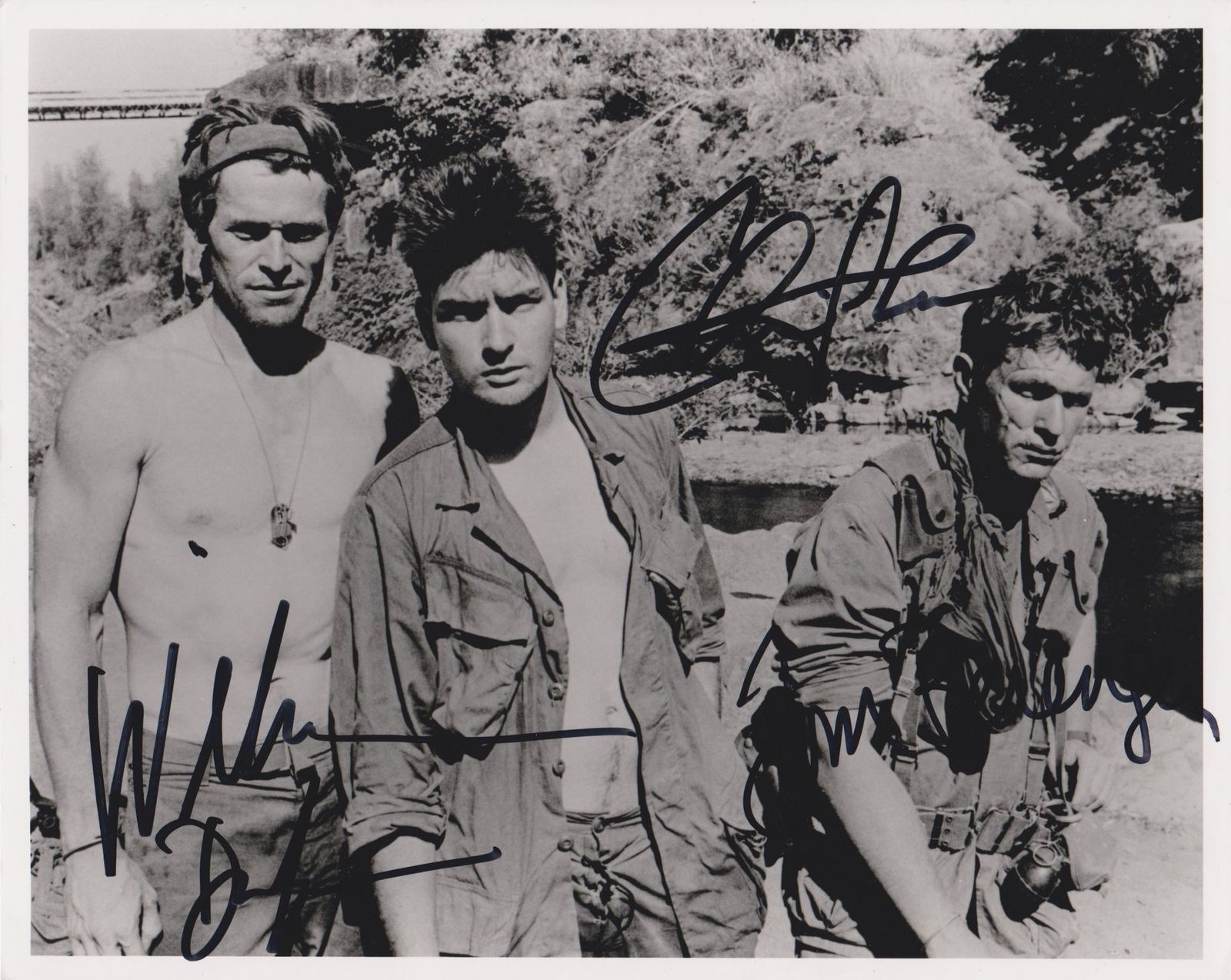 Primary image for Charlie Sheen, Willem Dafoe & Tom Berenger Signed Autographed Platoon 8x10 Photo