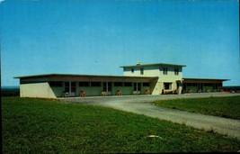 PICTURE POSTCARD- THE PATIO MOTEL, ONEIDA, NY BK23 - $1.96
