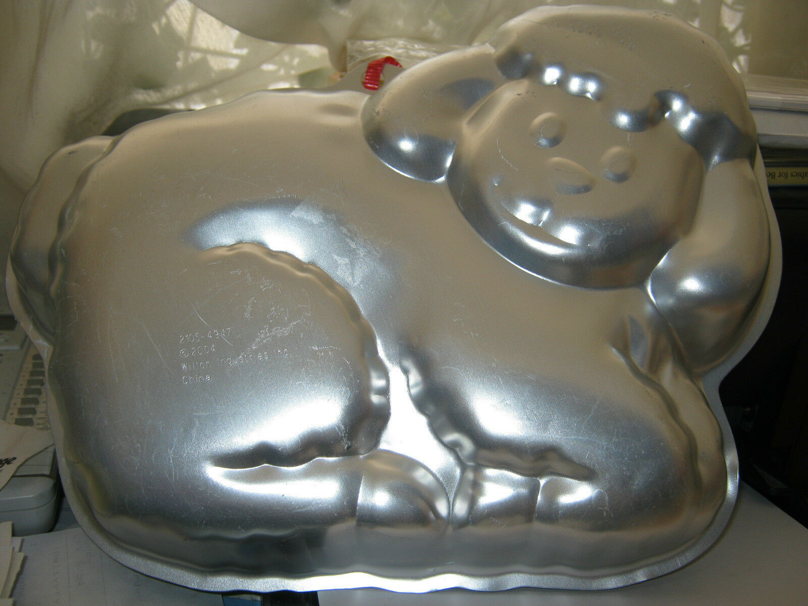 Primary image for Wilton Cuddly Spring Lamb Cake Pan 2105-4947