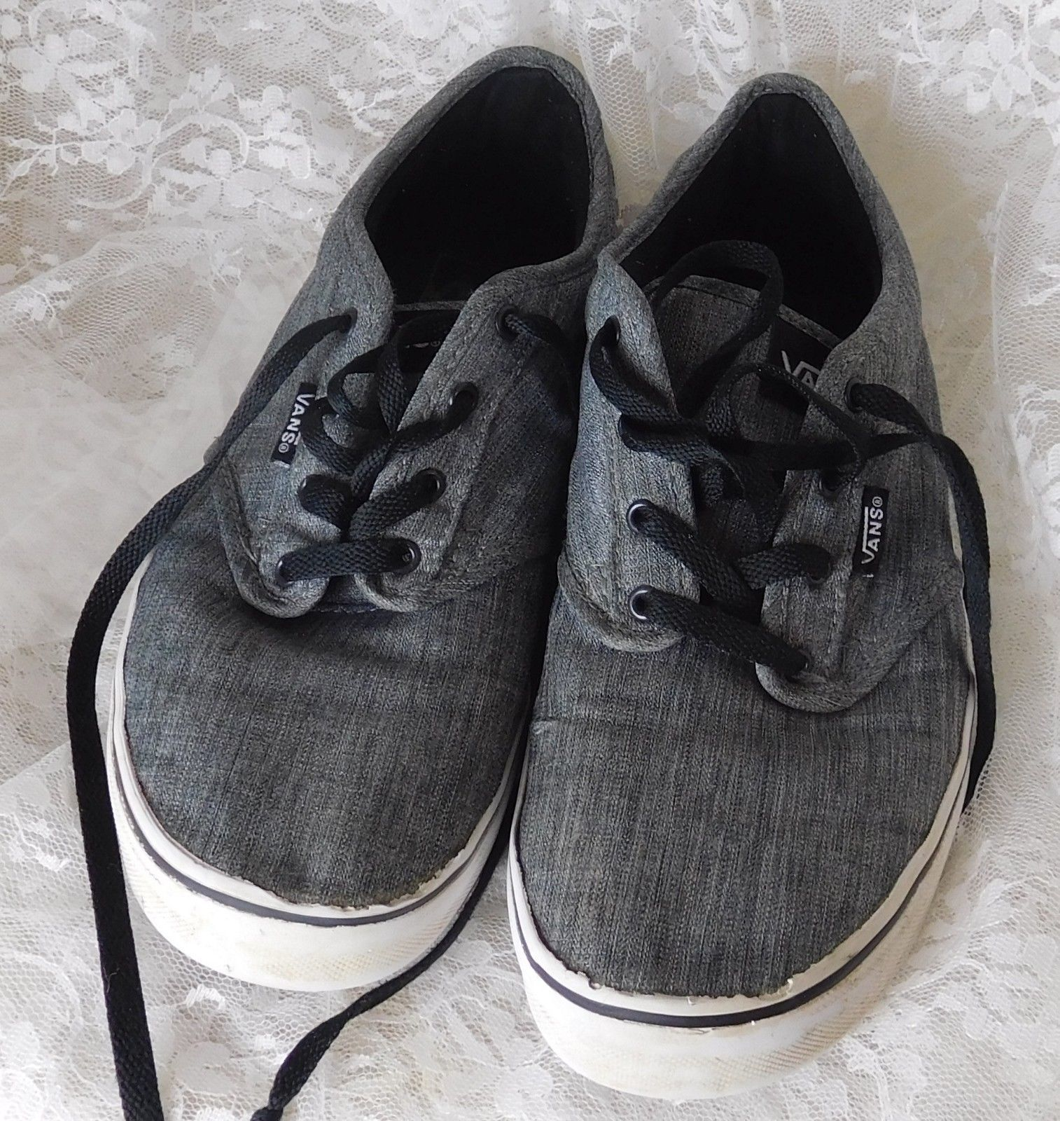 9738109edee4 Vans Off The Wall Men s Sneakers Size 7 Gray and 50 similar items