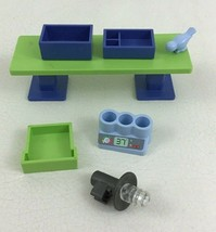 Playmobil 4343 Animal Clinic Replacement Accessories Pieces Parts 2008 AC3 - $12.82