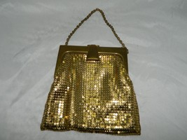 Vintage WHITING & DAVIS Gold Metal Mesh Evening Bag Coin Purse B - $50.73