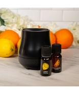 New Diffuser With 2 Essential Oils Lemon And Sweet Orange - $19.79