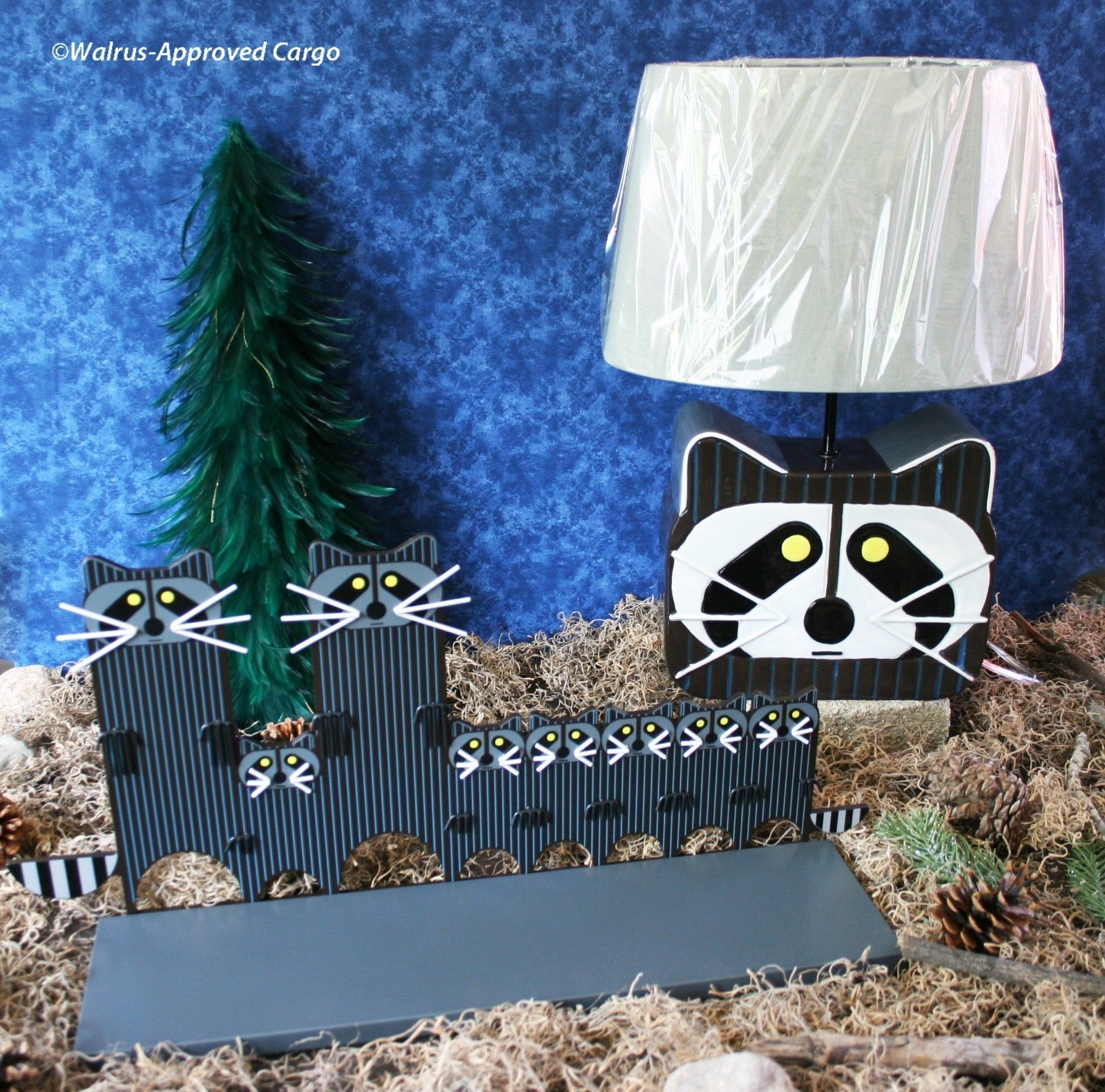 Primary image for CRATE & BARREL KIDS RACCOON LAMP AND SHELF -NIB- A REAL STEAL FOR PLAYFUL DÉCOR!