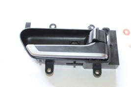 2003-2005 Infiniti FX35 FX45 Front Passenger Right Interior Door Handle J734 - $44.09