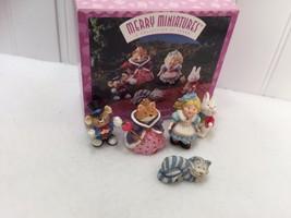 Vintage Hallmark Merry Miniatures Alice in Wonderland 1996 22487 - $26.72