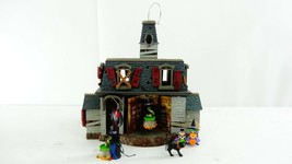 Hallmark Halloween Mansion On Ravenwood Lane Ornament Display w/Ornaments - $89.09