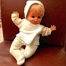 "12"" Vintage Uneeda Vinyl/Cloth White Baby Doll 1968 Blue sleep eyes blonde hair - $24.04"
