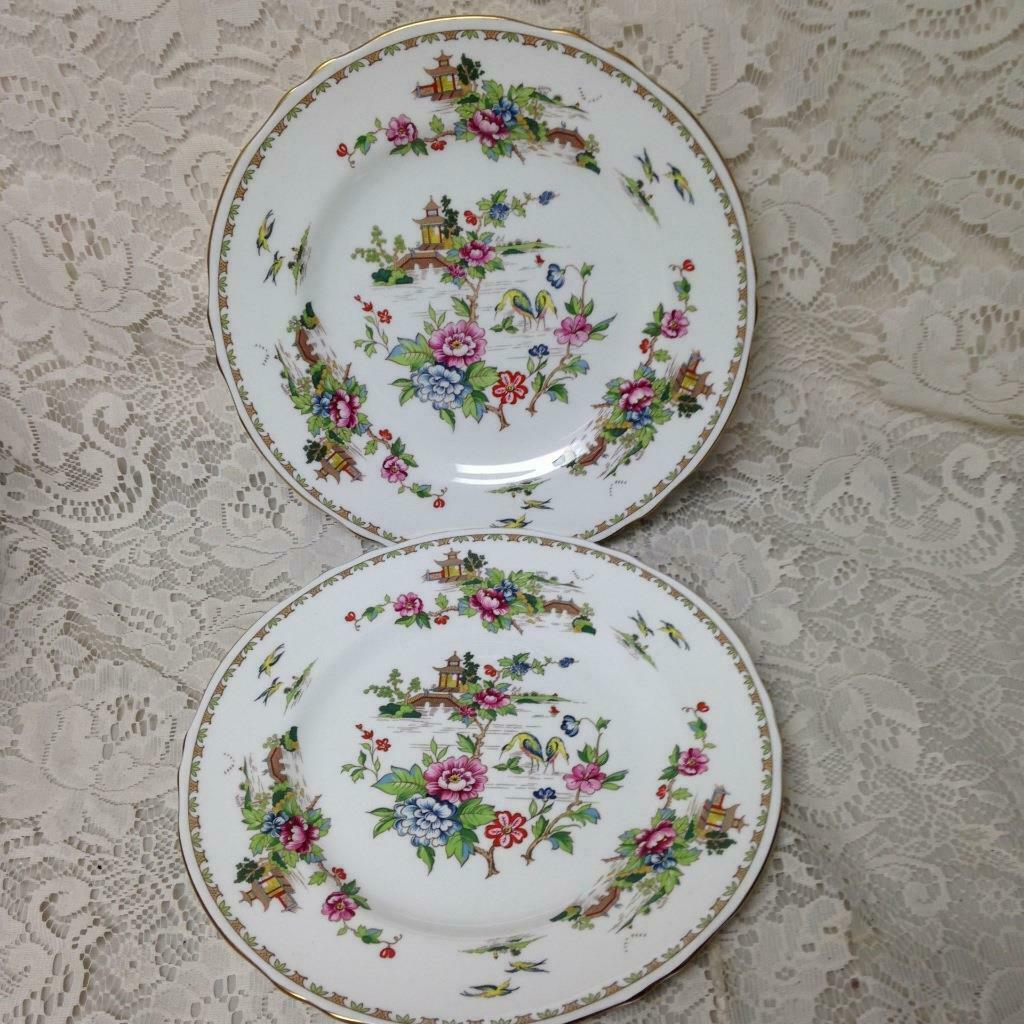 Primary image for Vintage Crown Staffordshire Polychrome Gaudy BlueWillow 2pc 10.5in Dinner Plates
