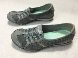 Skechers Womens 6.5 Relaxed Fit Breathe Easy Good Life Sneakers Shoes Gray Mint image 4